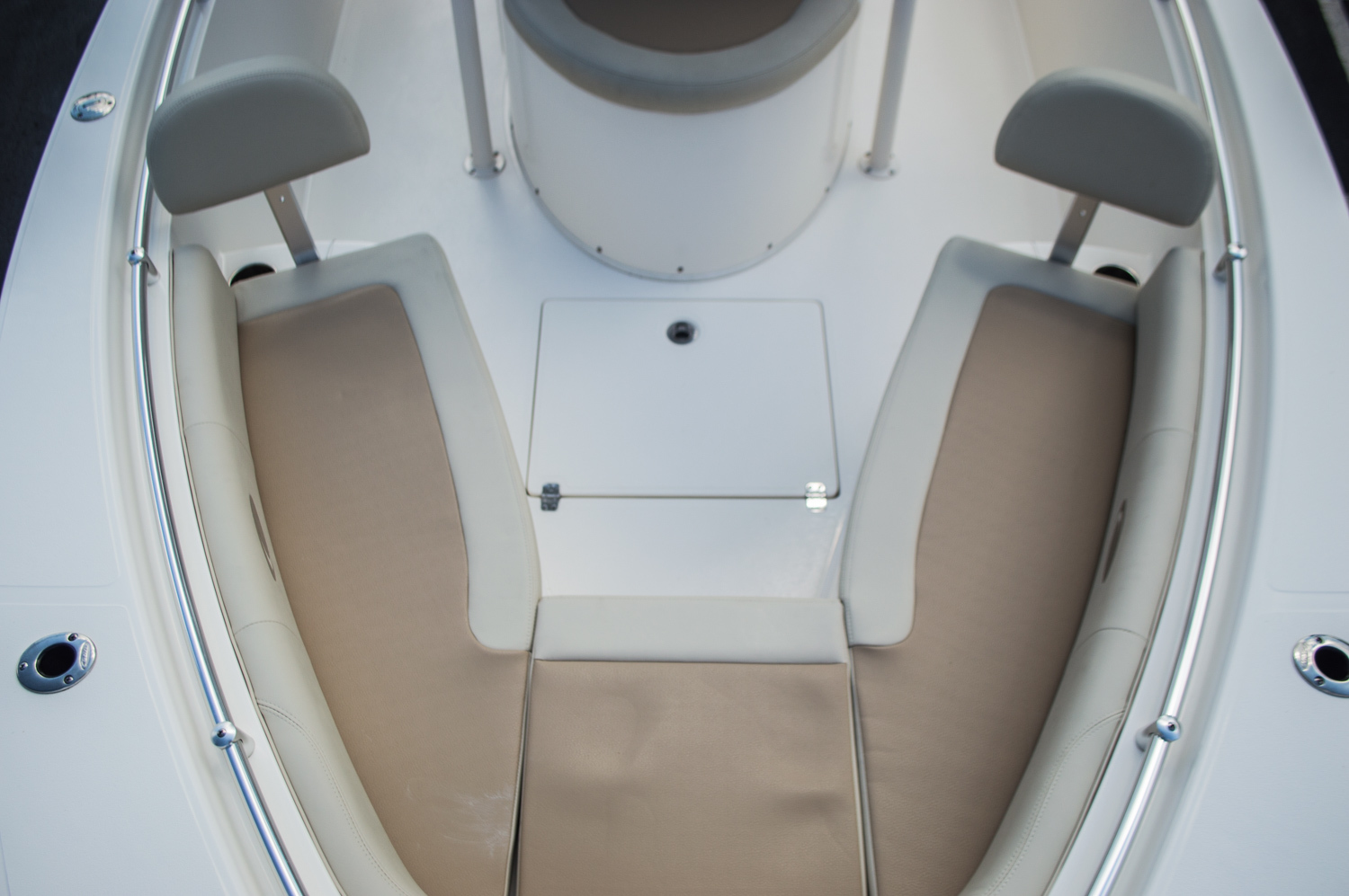 Thumbnail 19 for New 2015 Cobia 256 Center Console boat for sale in West Palm Beach, FL