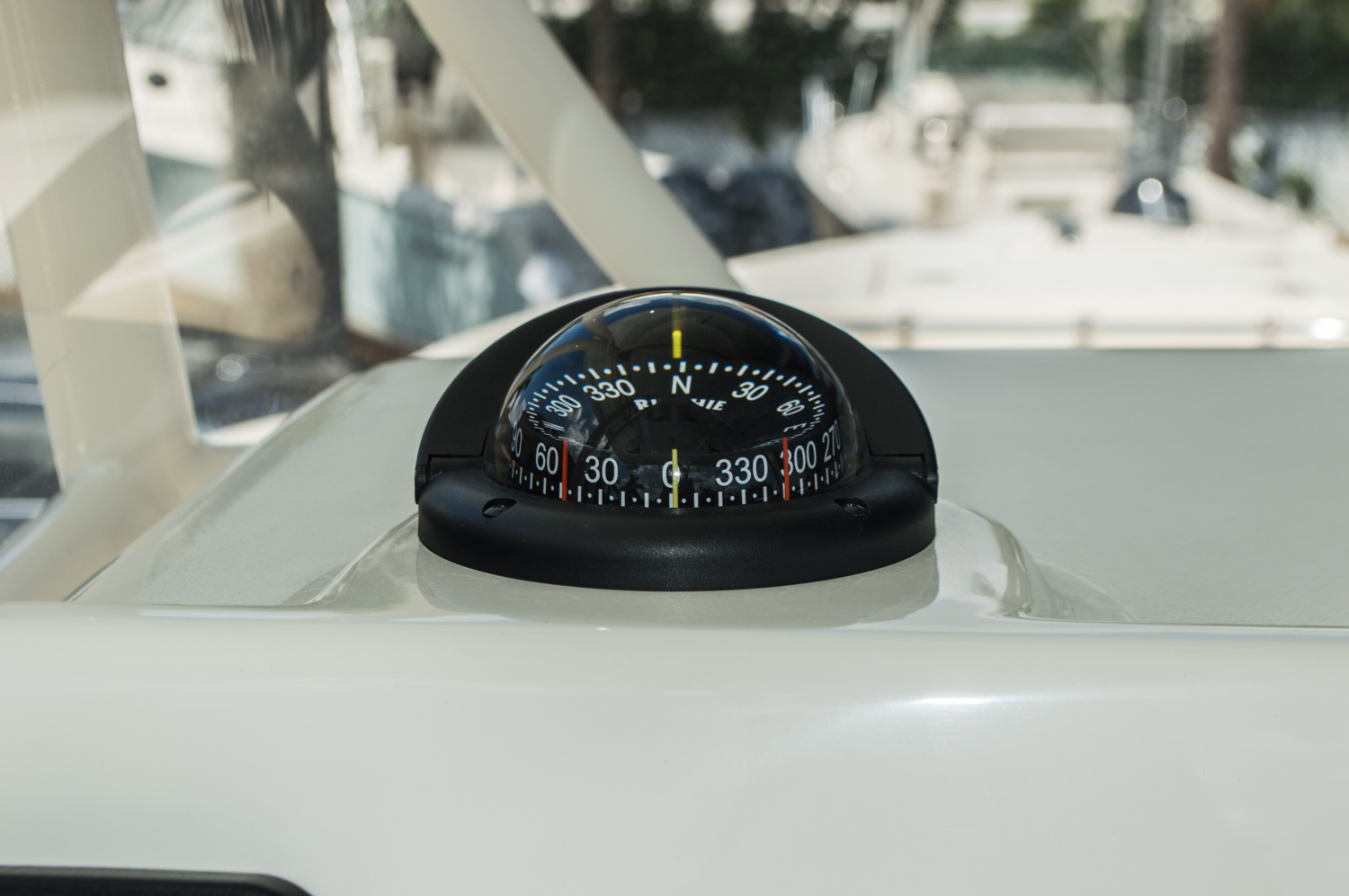 Thumbnail 27 for New 2015 Cobia 256 Center Console boat for sale in West Palm Beach, FL
