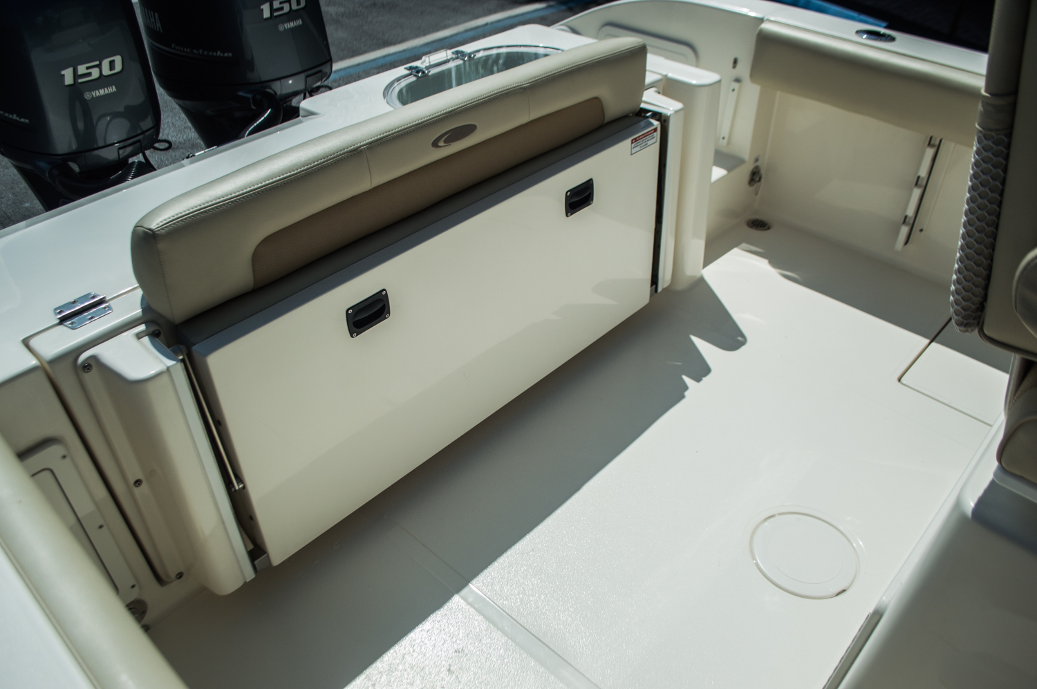 Thumbnail 39 for New 2015 Cobia 256 Center Console boat for sale in West Palm Beach, FL