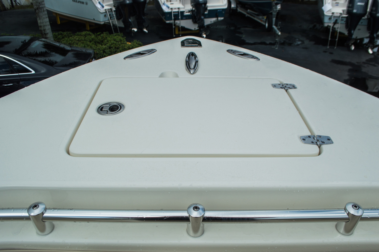 Thumbnail 16 for New 2016 Cobia 277 Center Console boat for sale in West Palm Beach, FL