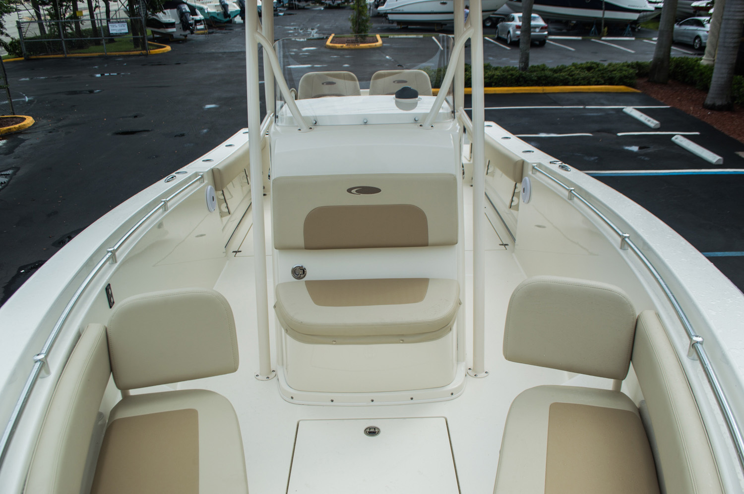 Thumbnail 19 for New 2016 Cobia 277 Center Console boat for sale in West Palm Beach, FL