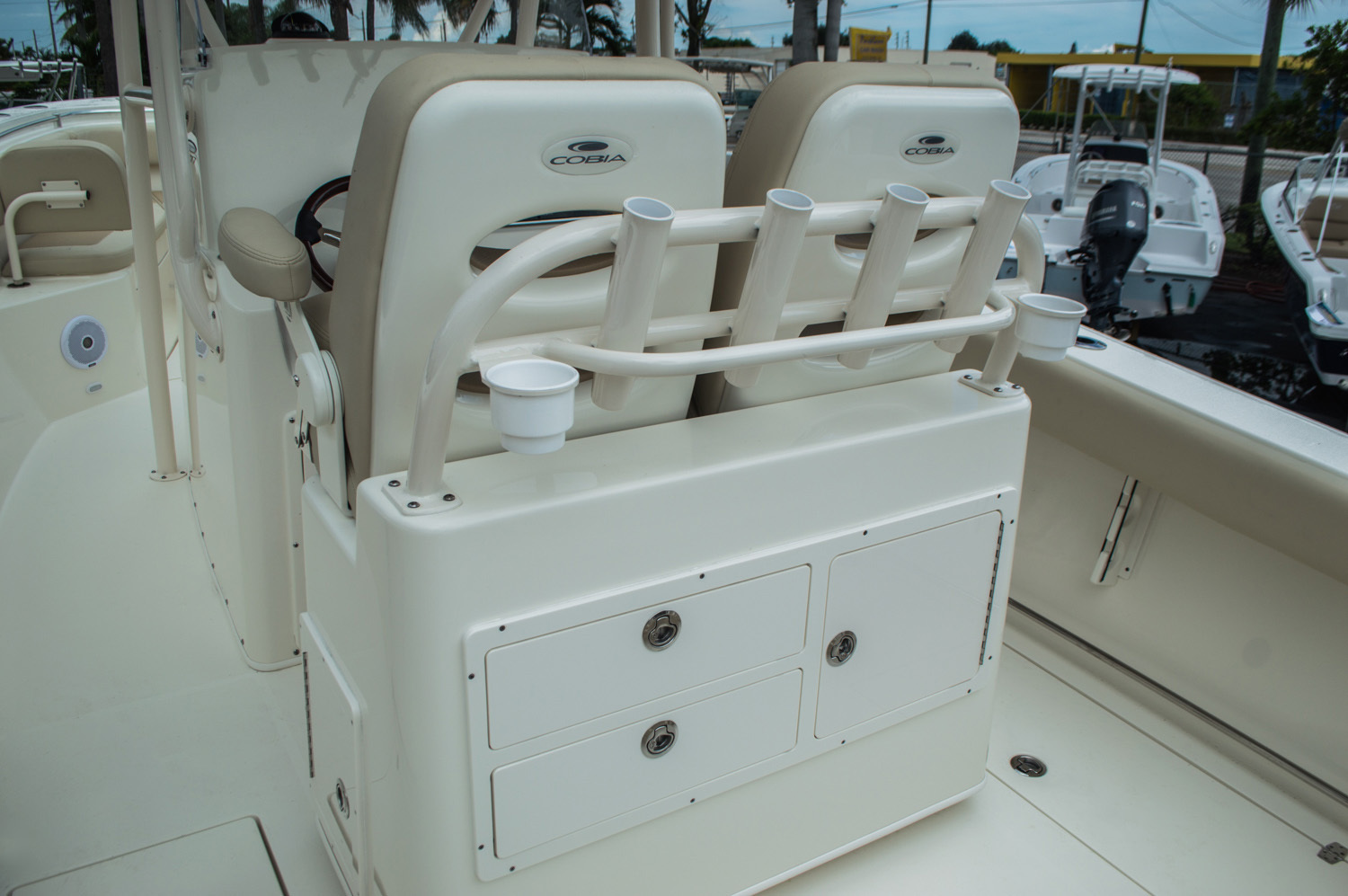 Thumbnail 43 for New 2016 Cobia 277 Center Console boat for sale in West Palm Beach, FL