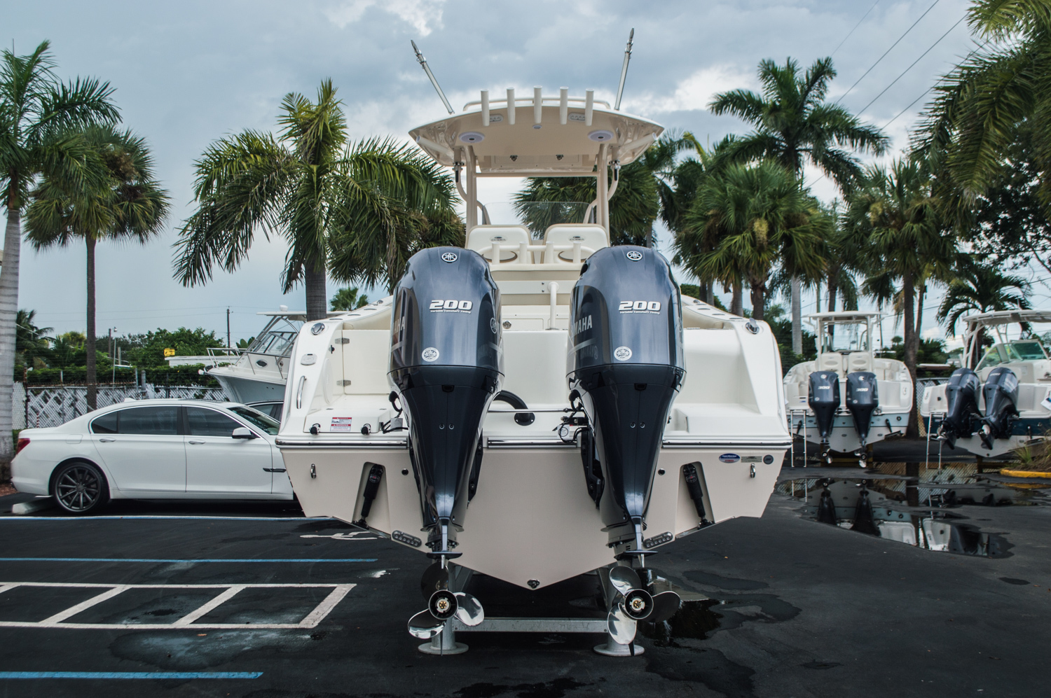 Thumbnail 6 for New 2016 Cobia 277 Center Console boat for sale in West Palm Beach, FL