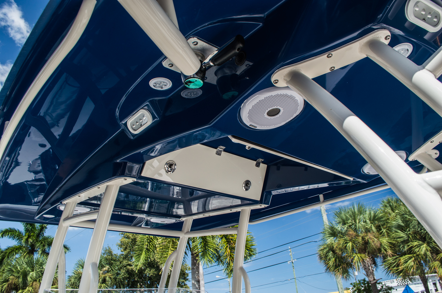 Thumbnail 30 for New 2016 Cobia 296 Center Console boat for sale in West Palm Beach, FL