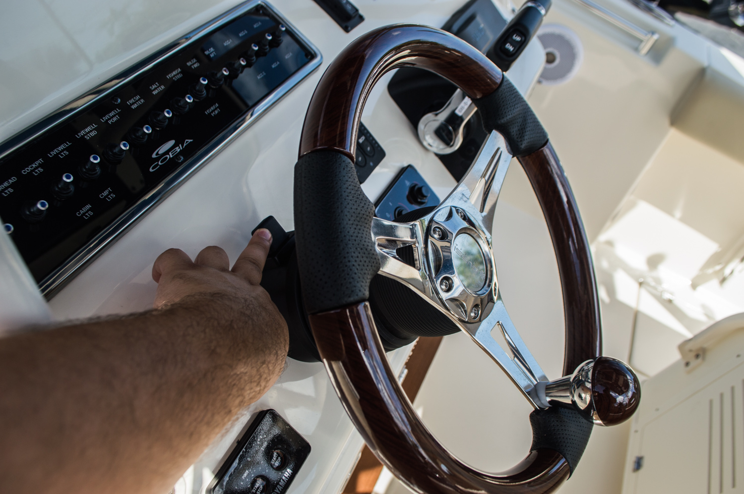Thumbnail 42 for New 2016 Cobia 296 Center Console boat for sale in West Palm Beach, FL