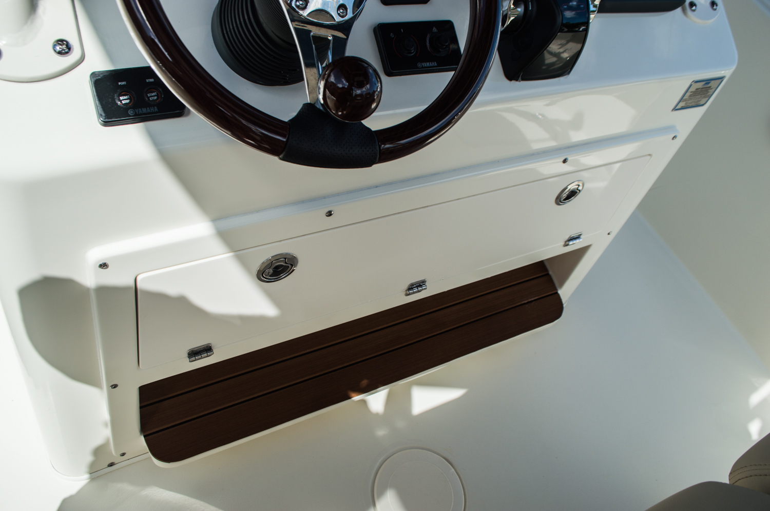 Thumbnail 44 for New 2016 Cobia 296 Center Console boat for sale in West Palm Beach, FL