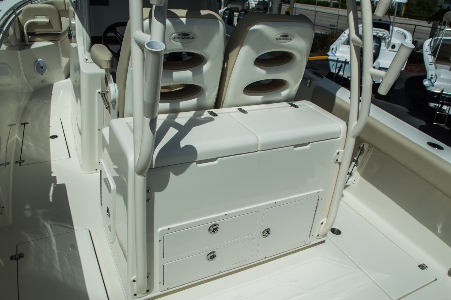 Thumbnail 49 for New 2016 Cobia 296 Center Console boat for sale in West Palm Beach, FL