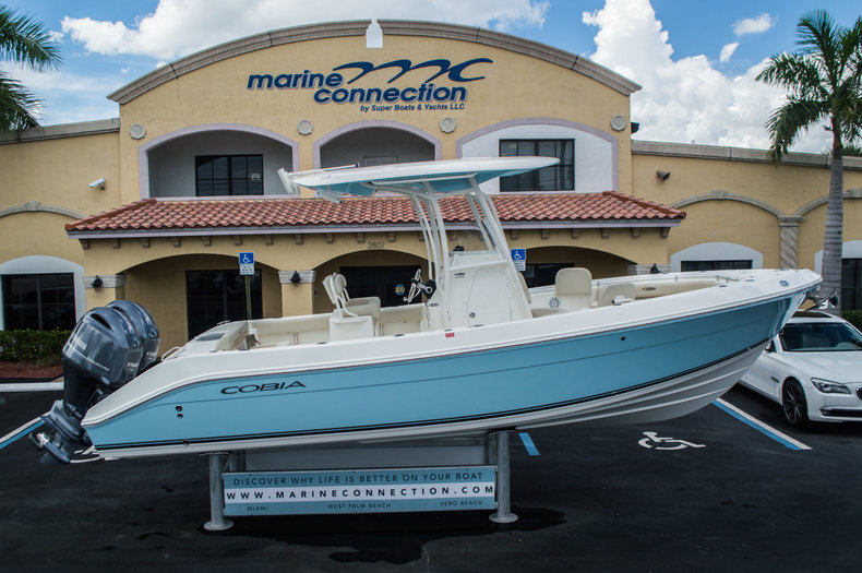 New 2016 Cobia 256 Center Console boat for sale in Miami, FL