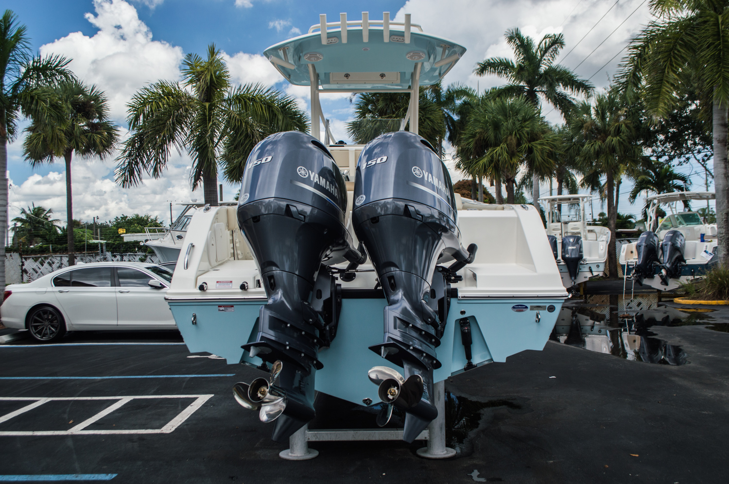 Thumbnail 6 for New 2016 Cobia 256 Center Console boat for sale in Miami, FL