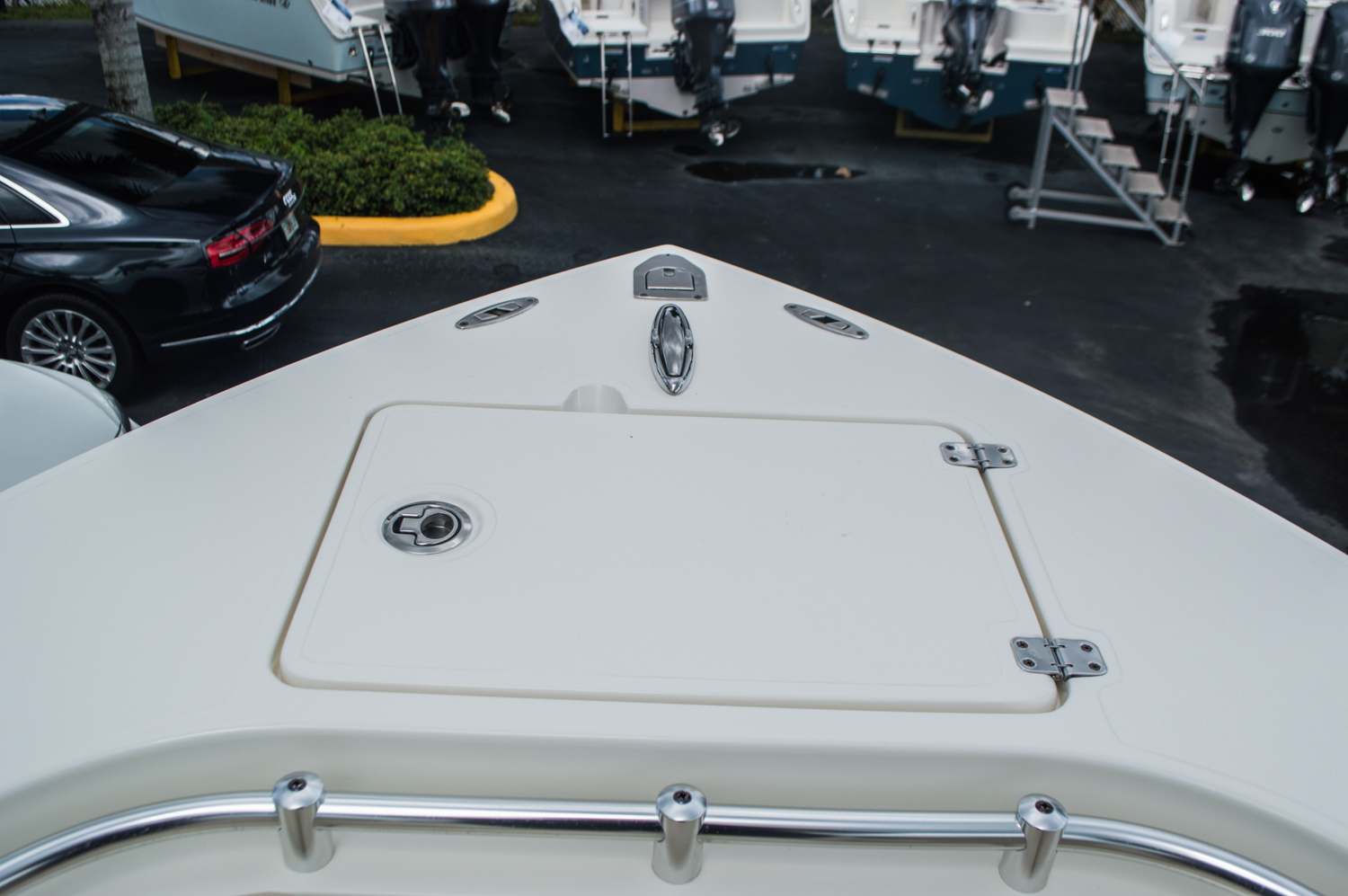 Thumbnail 16 for New 2016 Cobia 256 Center Console boat for sale in Miami, FL