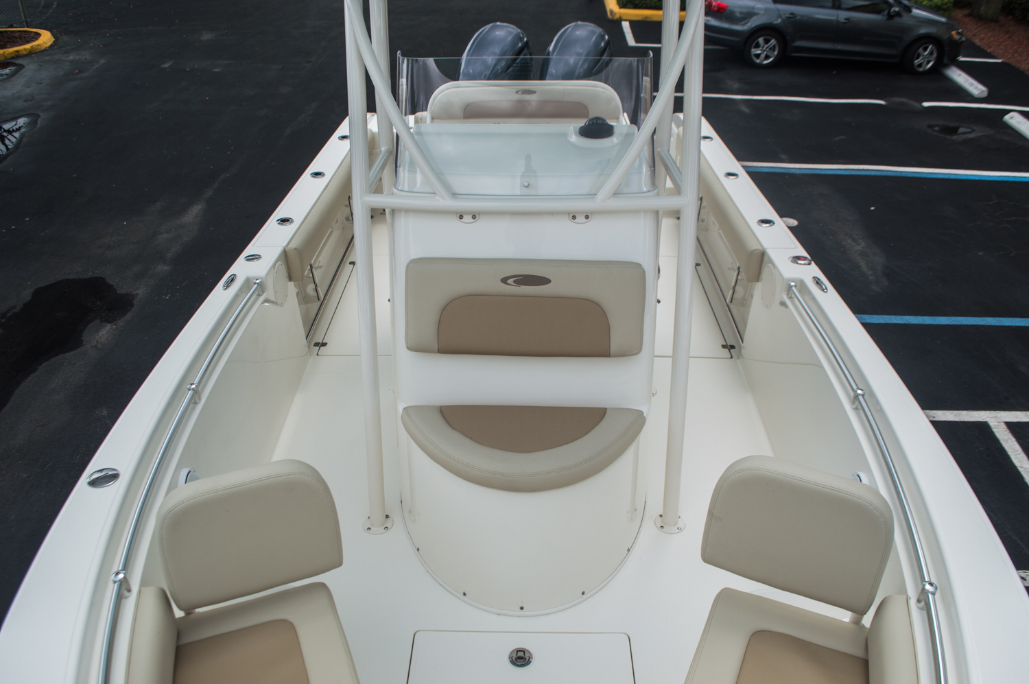 Thumbnail 19 for New 2016 Cobia 256 Center Console boat for sale in Miami, FL