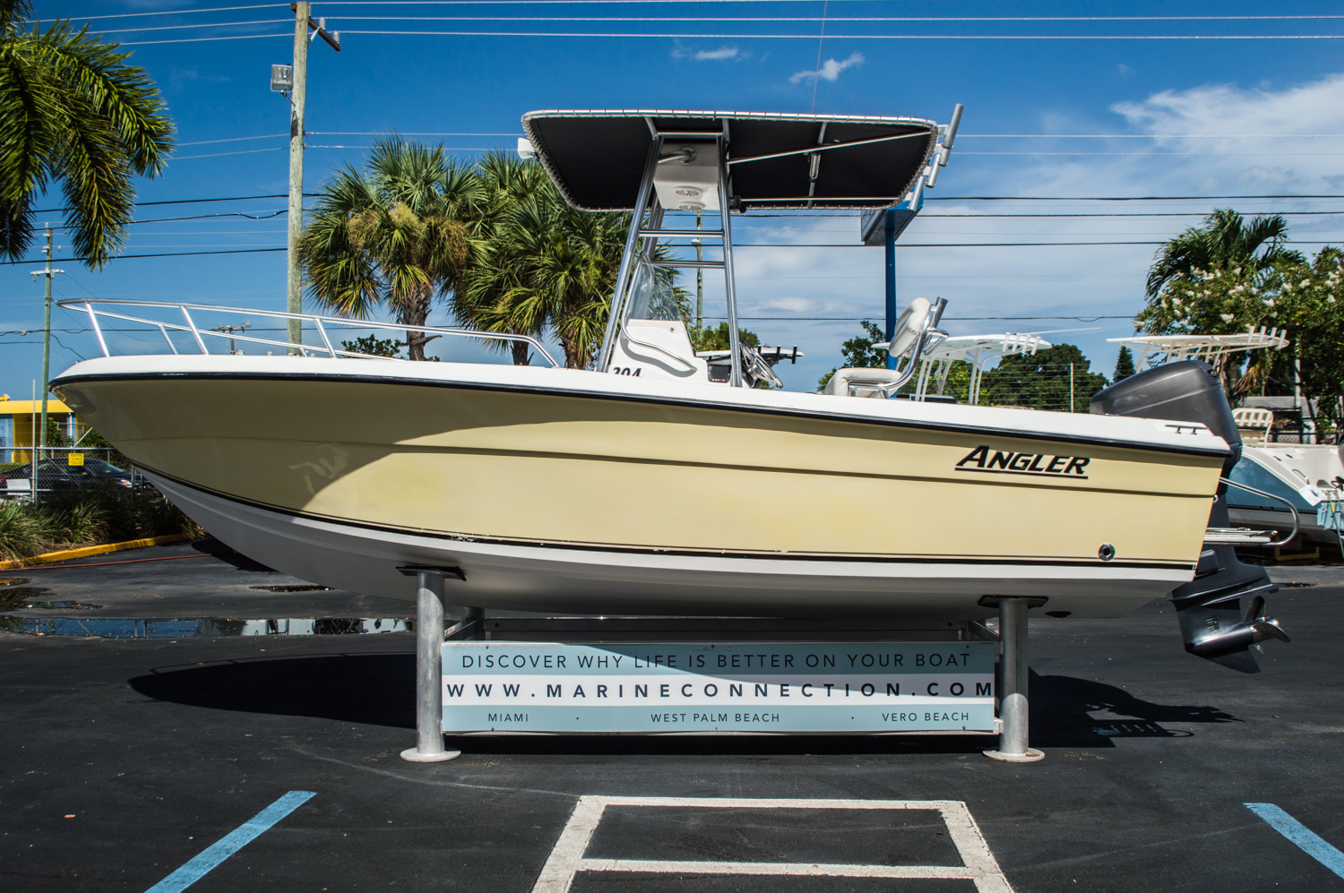 Thumbnail 4 for Used 2002 Angler 204 CC Center Console boat for sale in West Palm Beach, FL