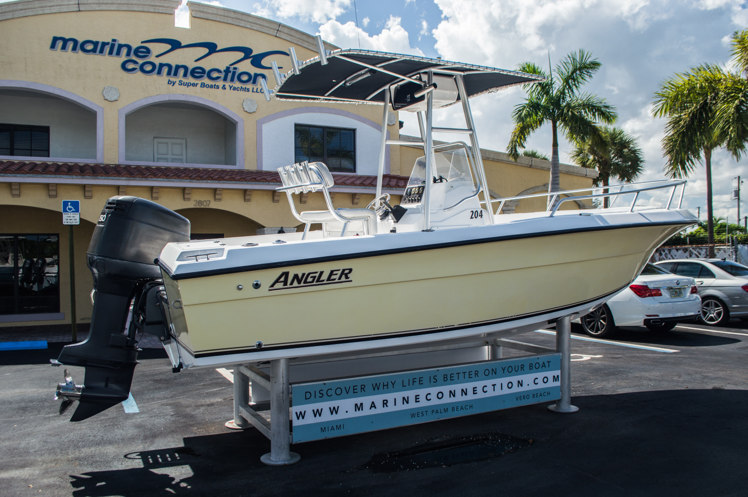 Thumbnail 7 for Used 2002 Angler 204 CC Center Console boat for sale in West Palm Beach, FL