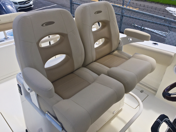 Thumbnail 9 for New 2016 Cobia 277 Center Console boat for sale in Vero Beach, FL