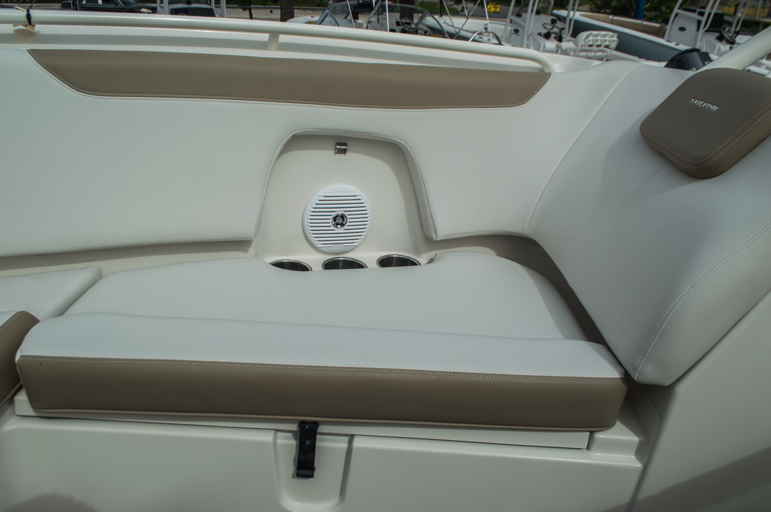 Thumbnail 14 for New 2016 Sailfish 275 Dual Console boat for sale in West Palm Beach, FL
