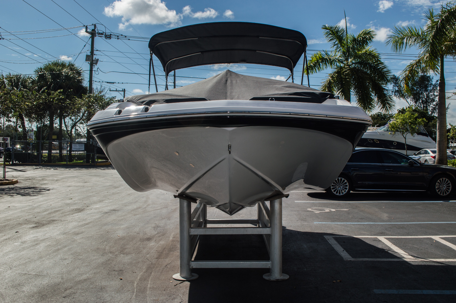 Thumbnail 4 for New 2016 Hurricane SunDeck Sport SS 188 OB boat for sale in West Palm Beach, FL
