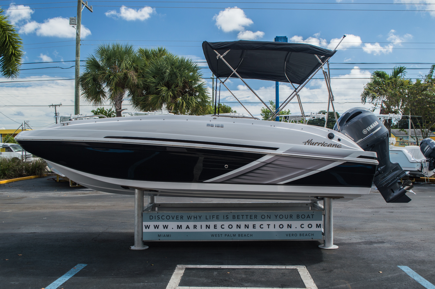 Thumbnail 7 for New 2016 Hurricane SunDeck Sport SS 188 OB boat for sale in West Palm Beach, FL