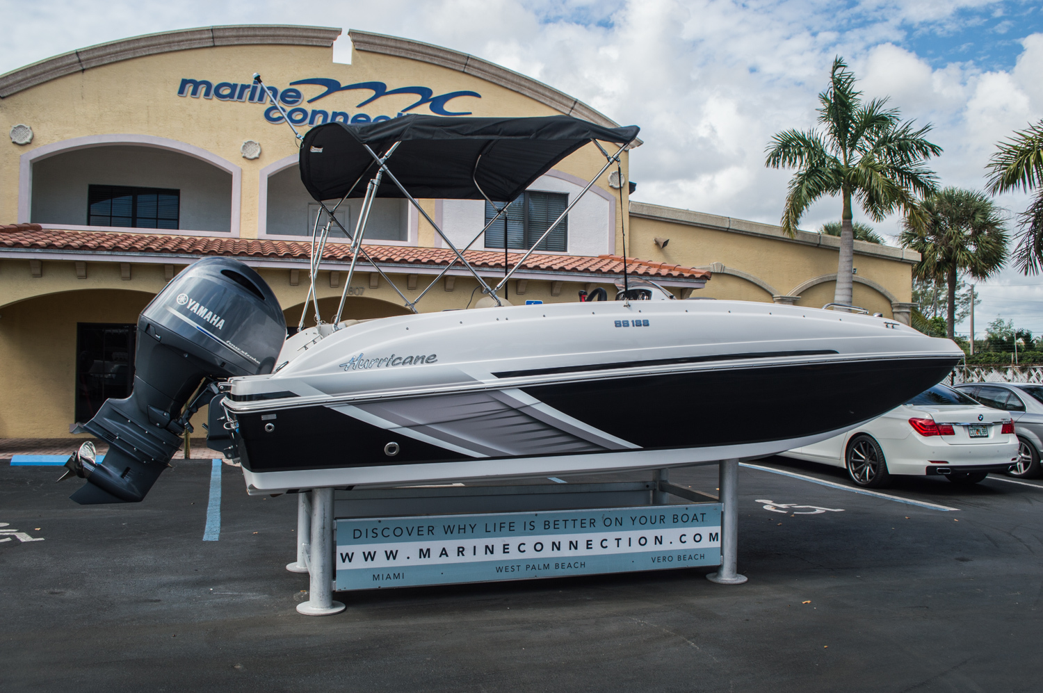 Thumbnail 13 for New 2016 Hurricane SunDeck Sport SS 188 OB boat for sale in West Palm Beach, FL