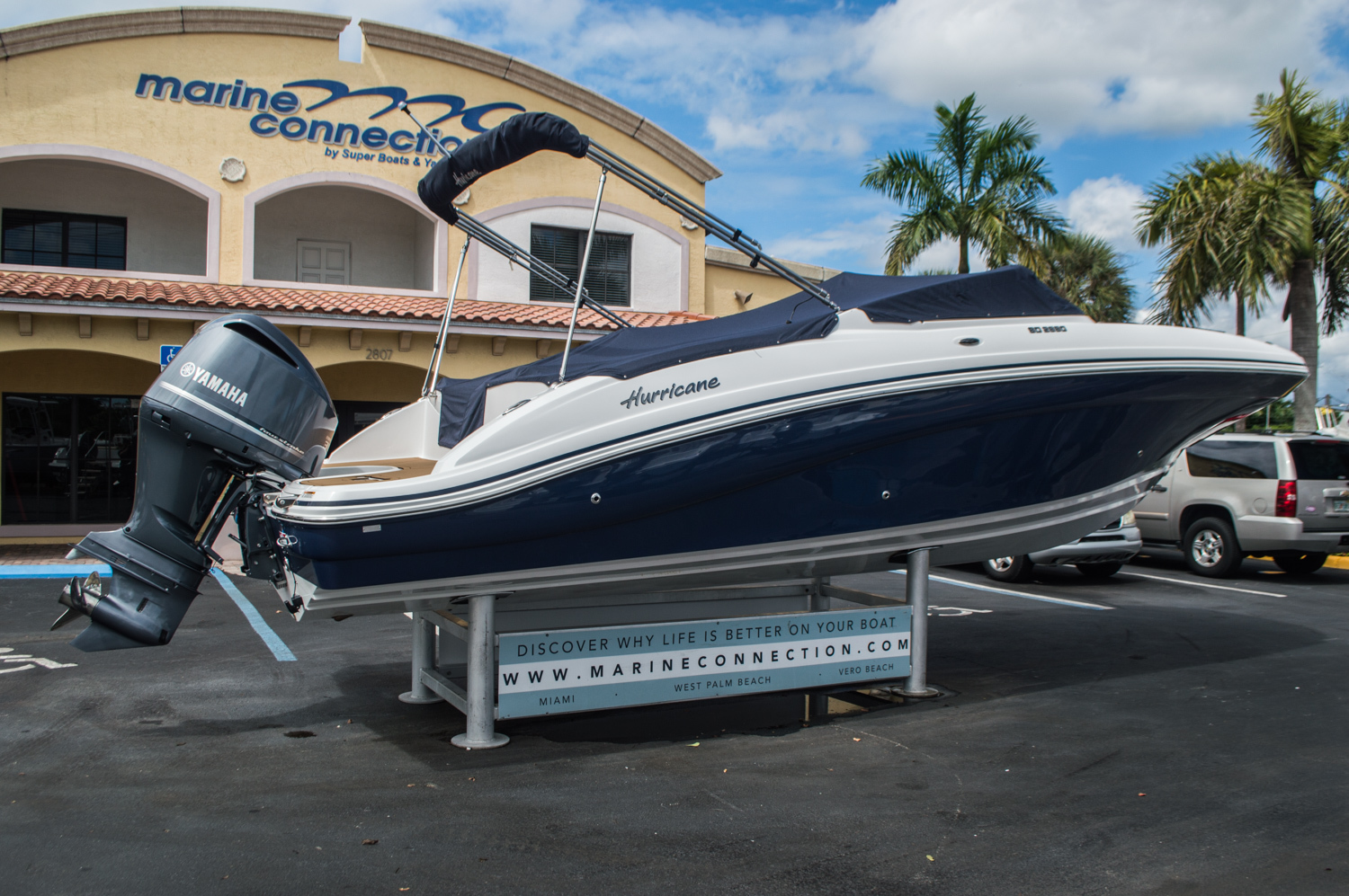 Thumbnail 15 for New 2016 Hurricane SunDeck SD 2690 OB boat for sale in Miami, FL
