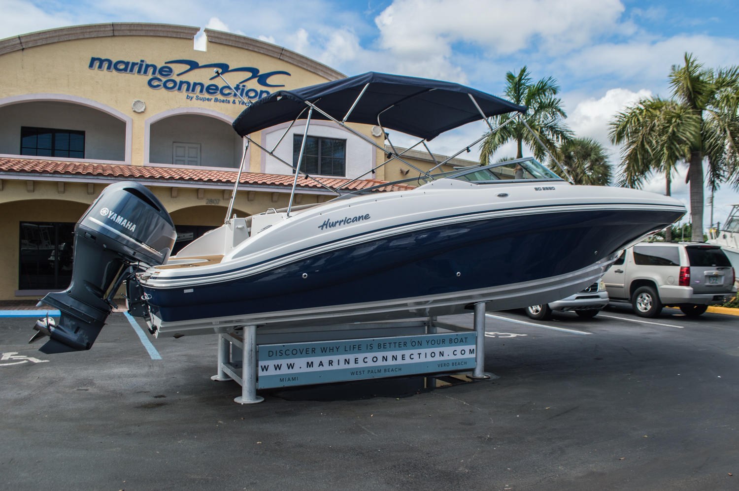 Thumbnail 7 for New 2016 Hurricane SunDeck SD 2690 OB boat for sale in Miami, FL
