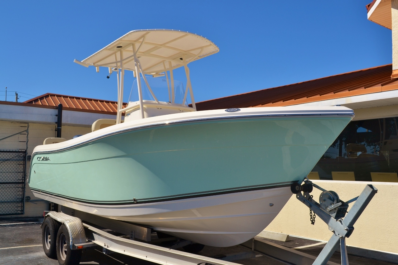 Thumbnail 1 for New 2016 Cobia 217 Center Console boat for sale in Vero Beach, FL