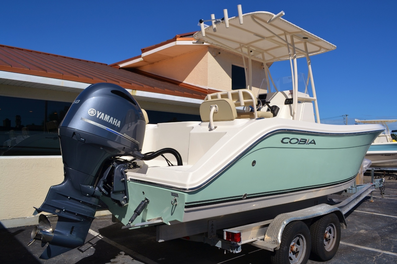 Thumbnail 6 for New 2016 Cobia 217 Center Console boat for sale in Vero Beach, FL