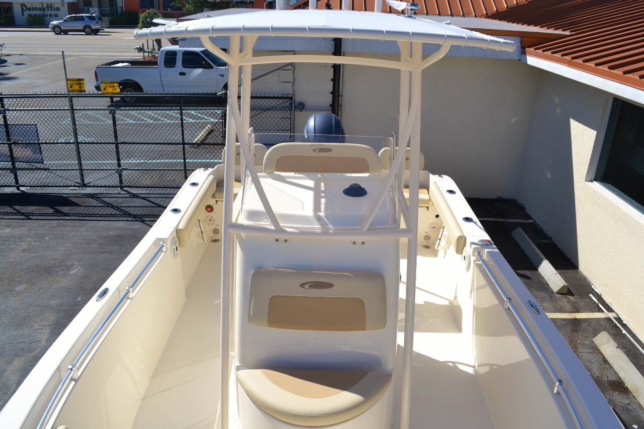 Thumbnail 15 for New 2016 Cobia 217 Center Console boat for sale in Vero Beach, FL