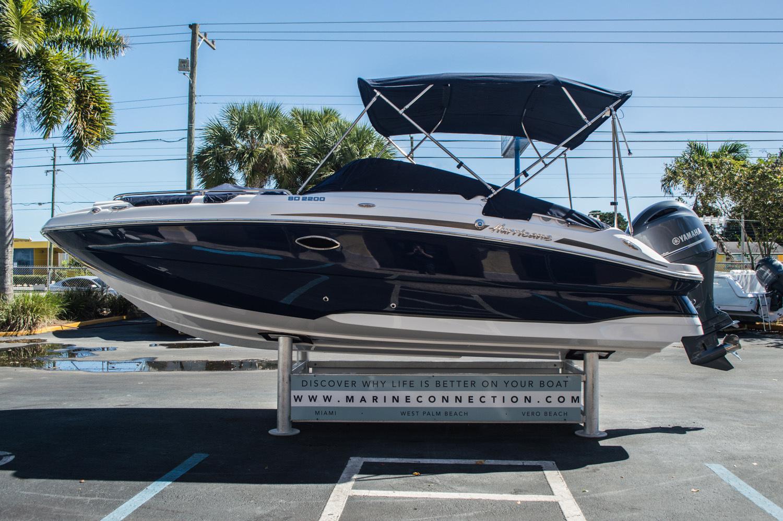 Thumbnail 11 for New 2016 Hurricane SunDeck SD 2200 OB boat for sale in Vero Beach, FL