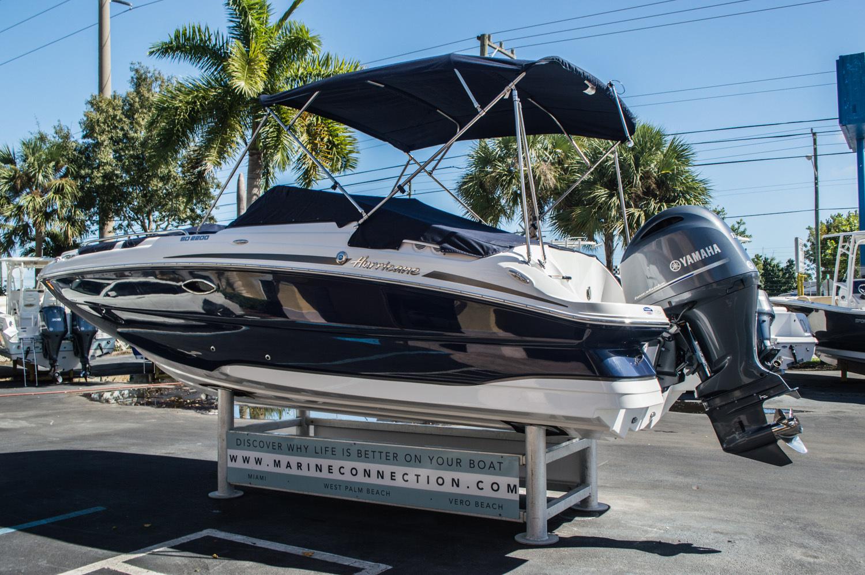 Thumbnail 12 for New 2016 Hurricane SunDeck SD 2200 OB boat for sale in Vero Beach, FL