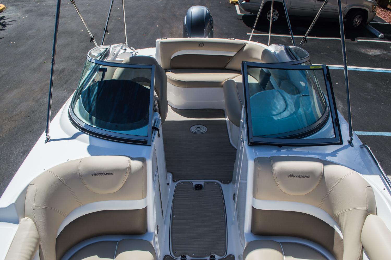 Thumbnail 29 for New 2016 Hurricane SunDeck SD 2200 OB boat for sale in Vero Beach, FL