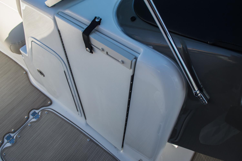 Thumbnail 33 for New 2016 Hurricane SunDeck SD 2200 OB boat for sale in Vero Beach, FL