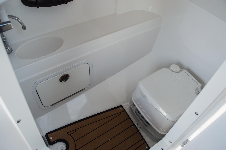 Thumbnail 36 for New 2016 Hurricane SunDeck SD 2200 OB boat for sale in Vero Beach, FL