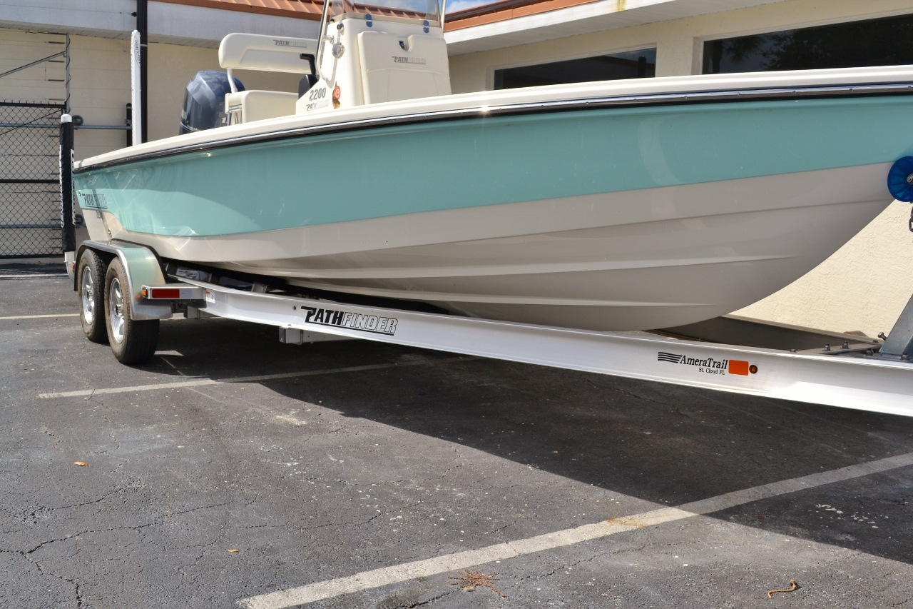 Thumbnail 23 for New 2016 Pathfinder 2200 TRS Bay Boat boat for sale in Vero Beach, FL