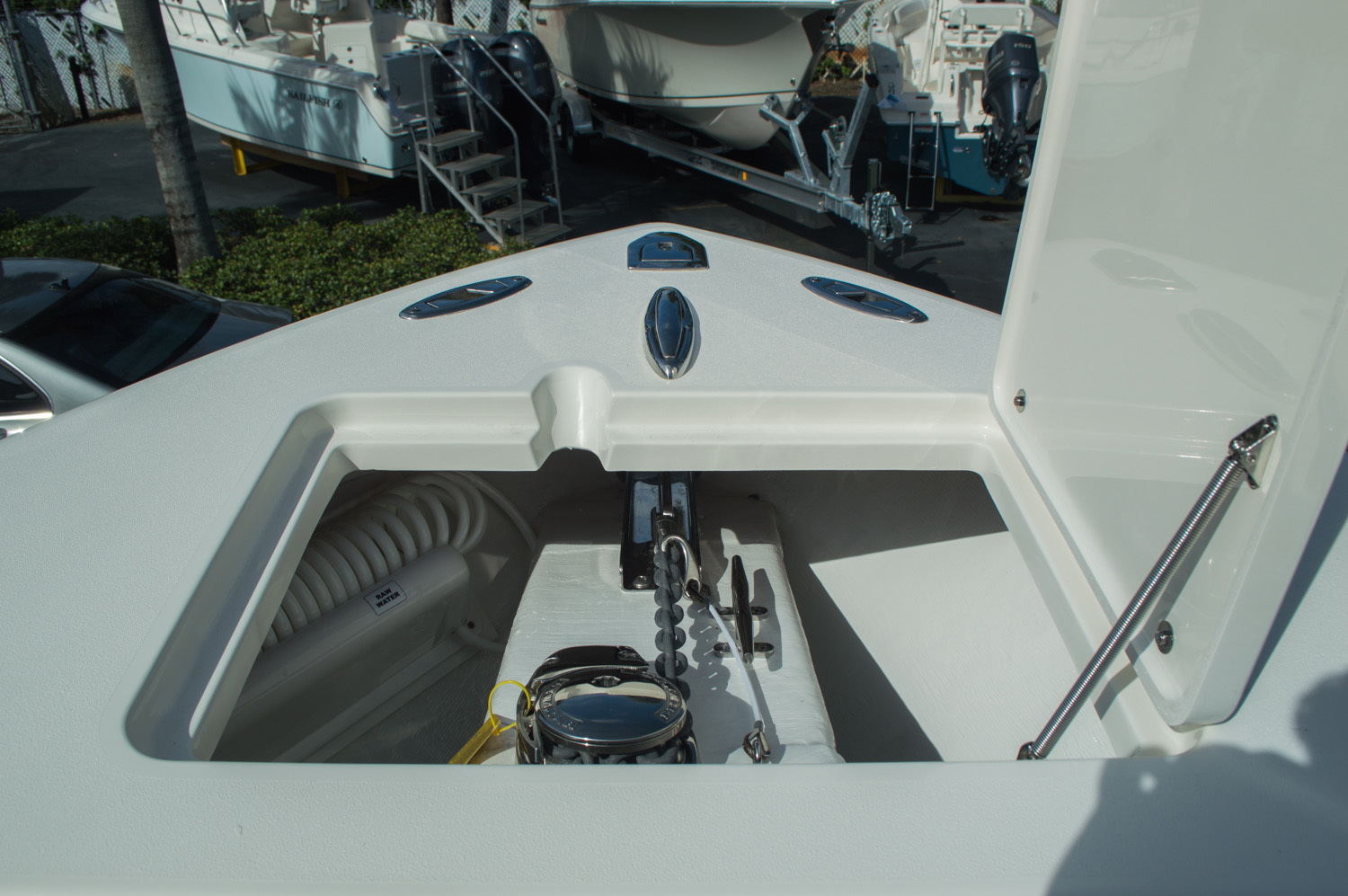 Thumbnail 27 for New 2016 Cobia 277 Center Console boat for sale in West Palm Beach, FL