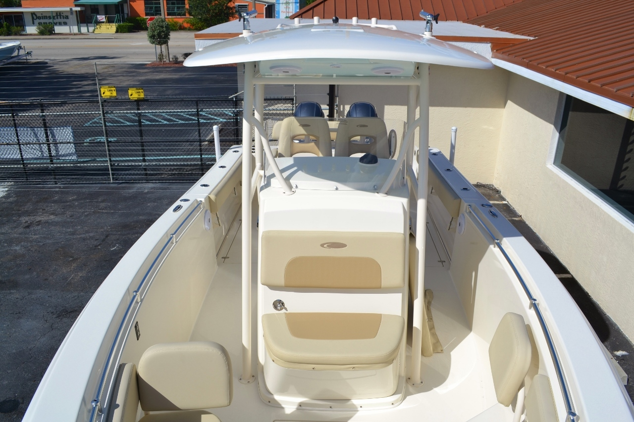 Thumbnail 19 for New 2016 Cobia 277 Center Console boat for sale in Vero Beach, FL