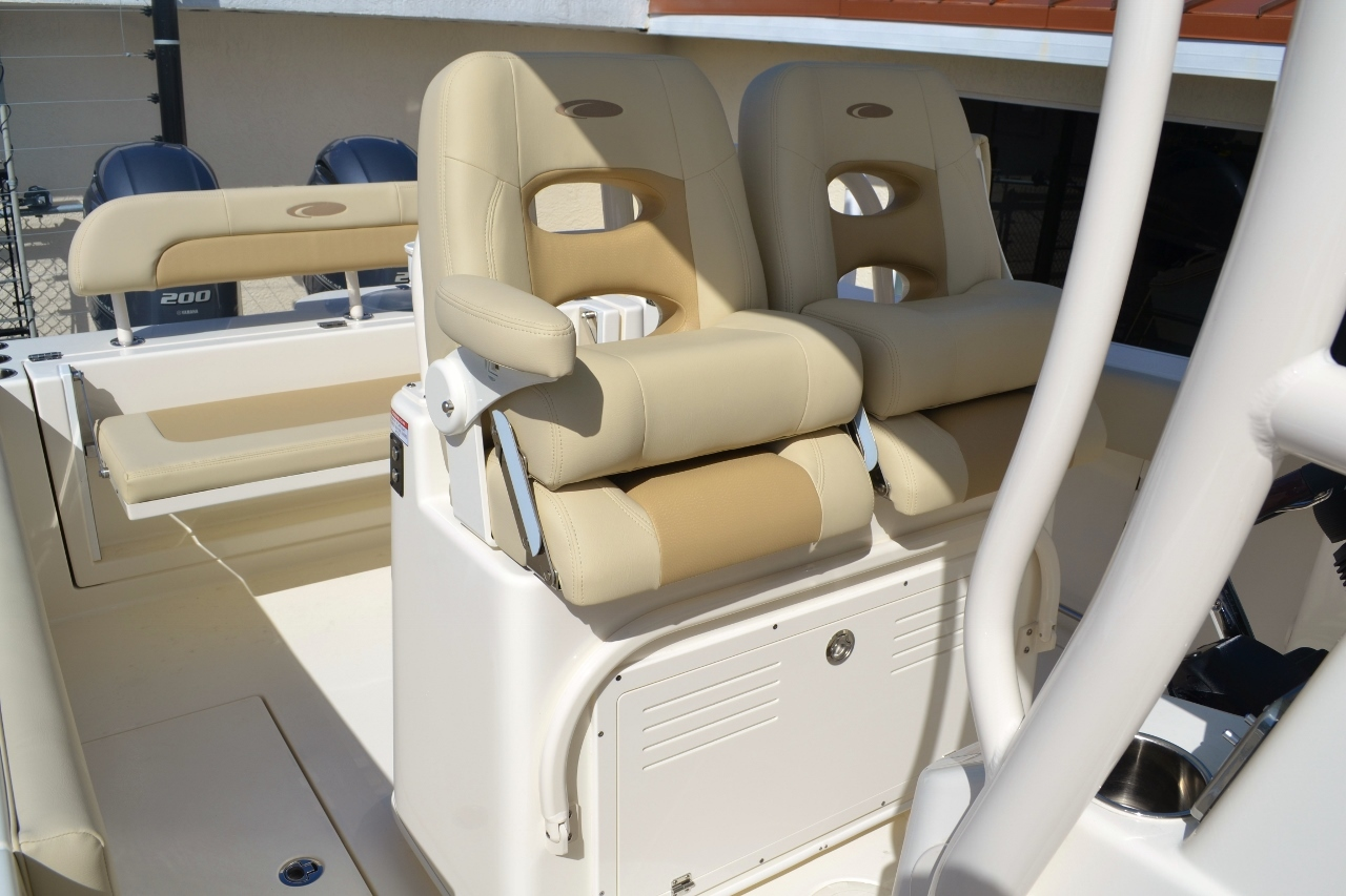 Thumbnail 22 for New 2016 Cobia 277 Center Console boat for sale in Vero Beach, FL
