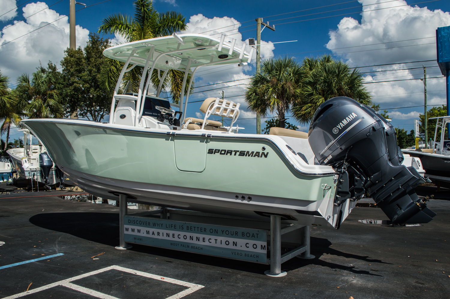 Thumbnail 5 for New 2016 Sportsman Heritage 251 Center Console boat for sale in West Palm Beach, FL