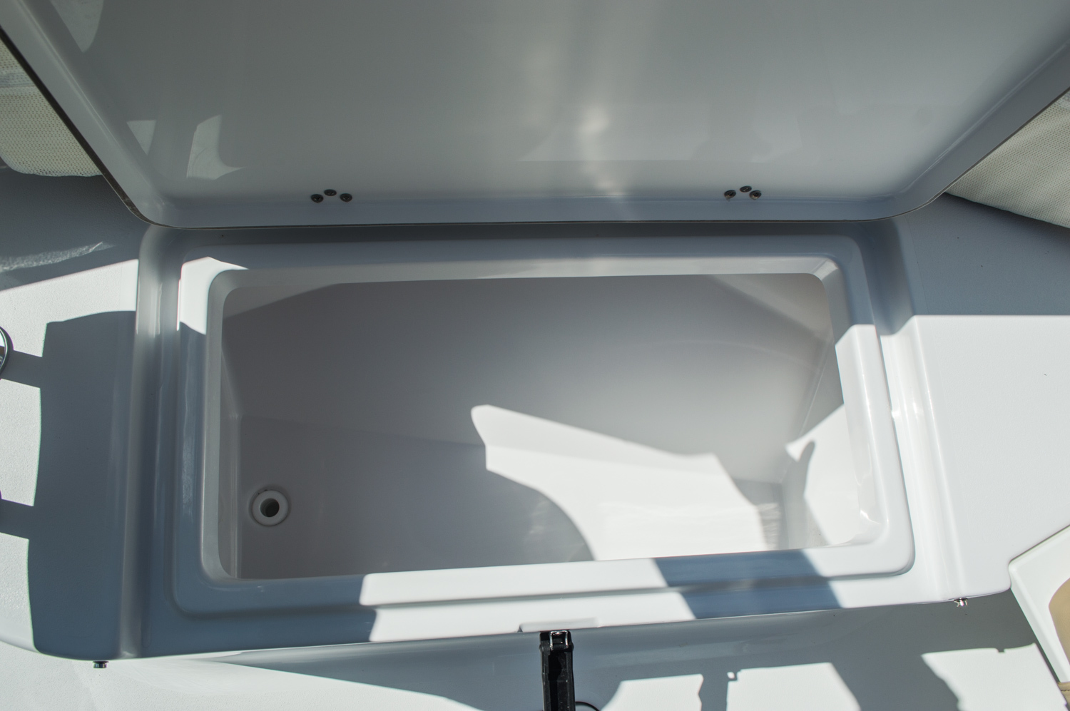 Thumbnail 13 for New 2016 Sportsman Heritage 251 Center Console boat for sale in West Palm Beach, FL