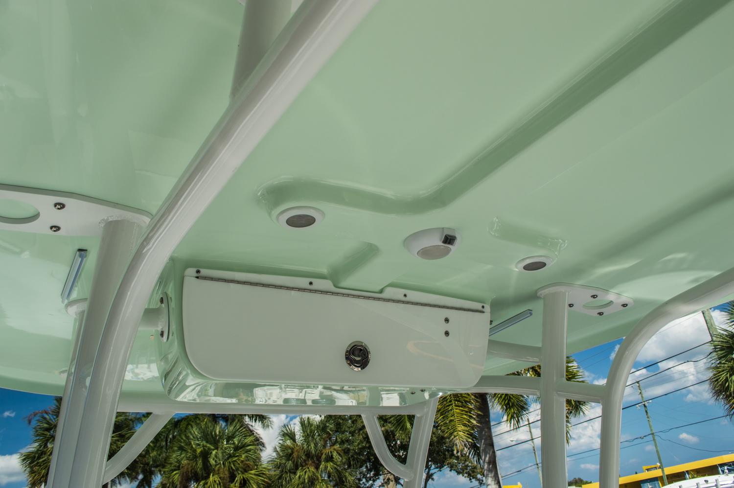 Thumbnail 38 for New 2016 Sportsman Heritage 251 Center Console boat for sale in Miami, FL