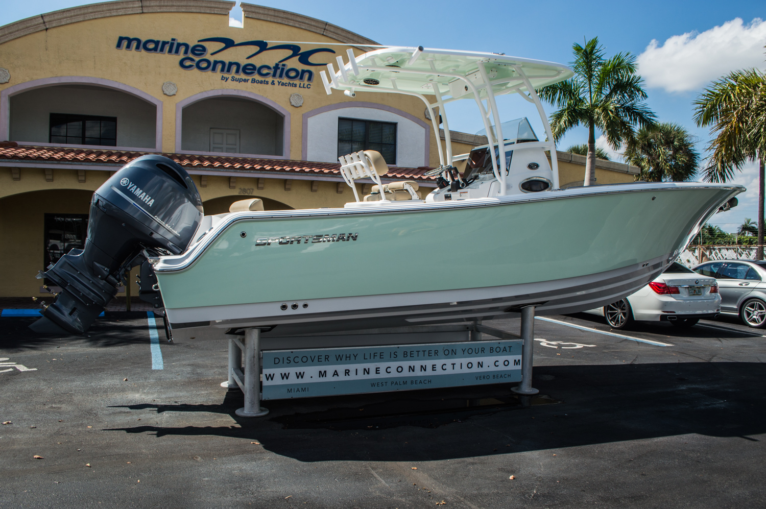 Thumbnail 7 for New 2016 Sportsman Heritage 251 Center Console boat for sale in Miami, FL