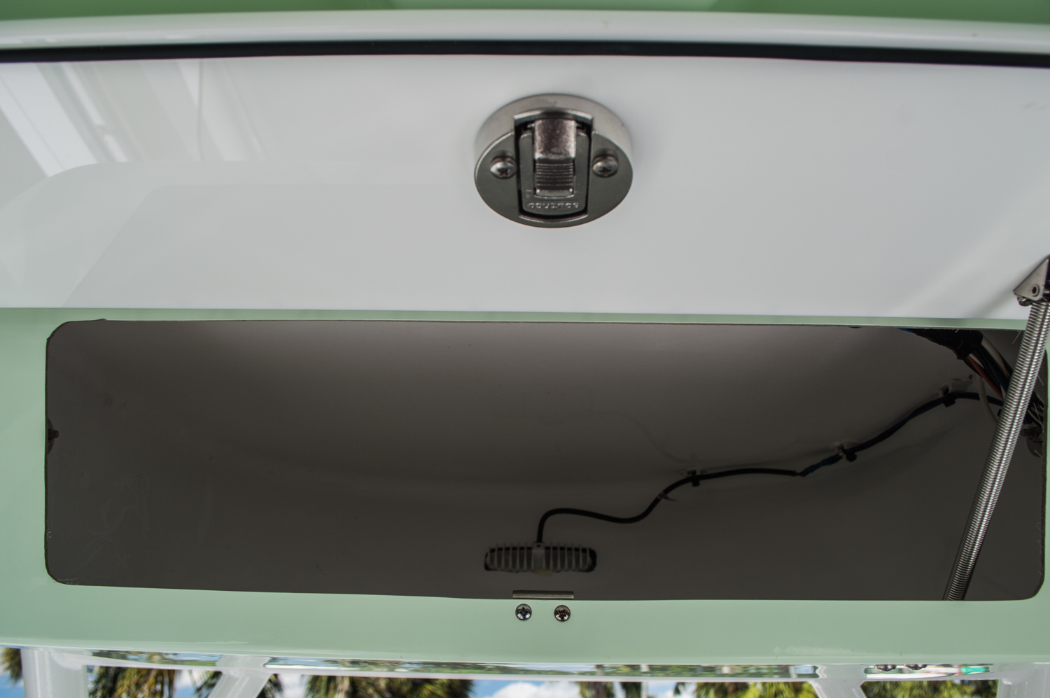 Thumbnail 39 for New 2016 Sportsman Heritage 251 Center Console boat for sale in Miami, FL