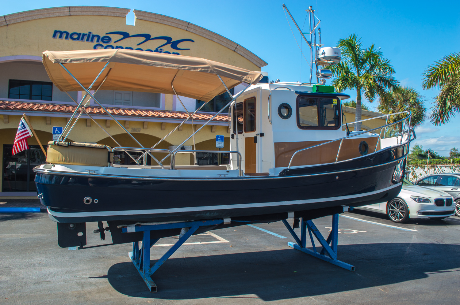 Thumbnail 9 for Used 2010 Ranger Tug R21 EC boat for sale in West Palm Beach, FL
