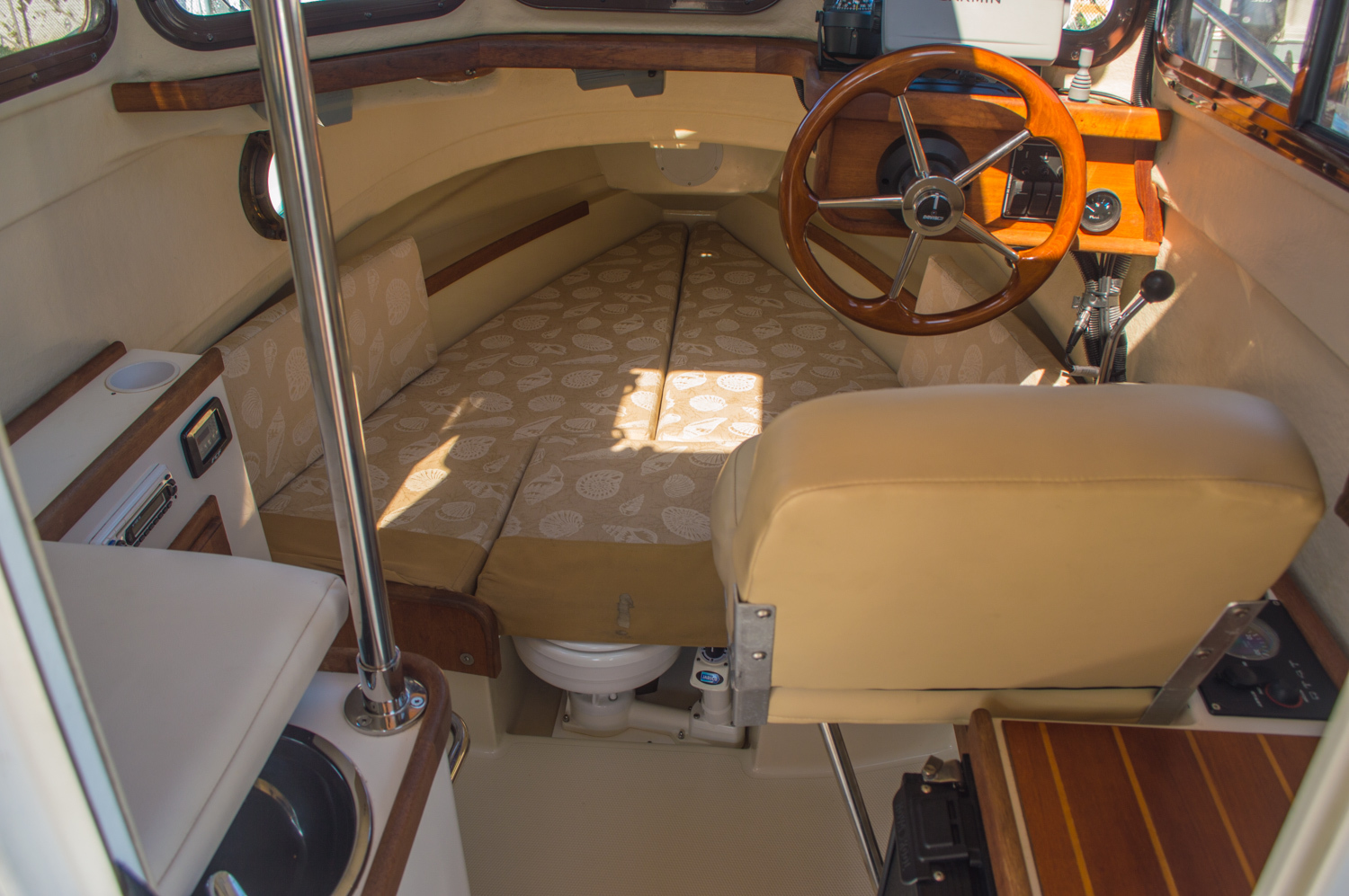 Thumbnail 22 for Used 2010 Ranger Tug R21 EC boat for sale in West Palm Beach, FL