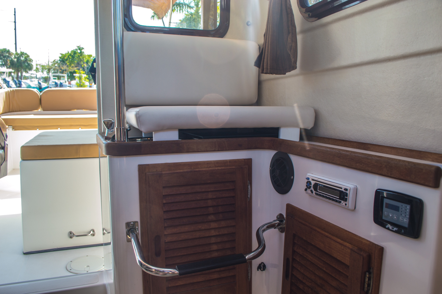 Thumbnail 38 for Used 2010 Ranger Tug R21 EC boat for sale in West Palm Beach, FL