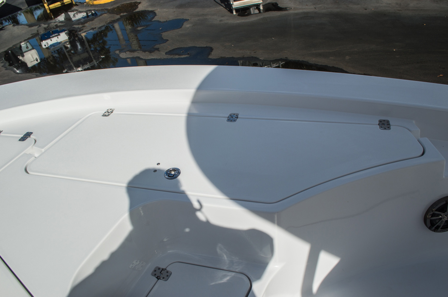 Thumbnail 17 for New 2016 Sportsman Masters 227 Bay Boat boat for sale in West Palm Beach, FL