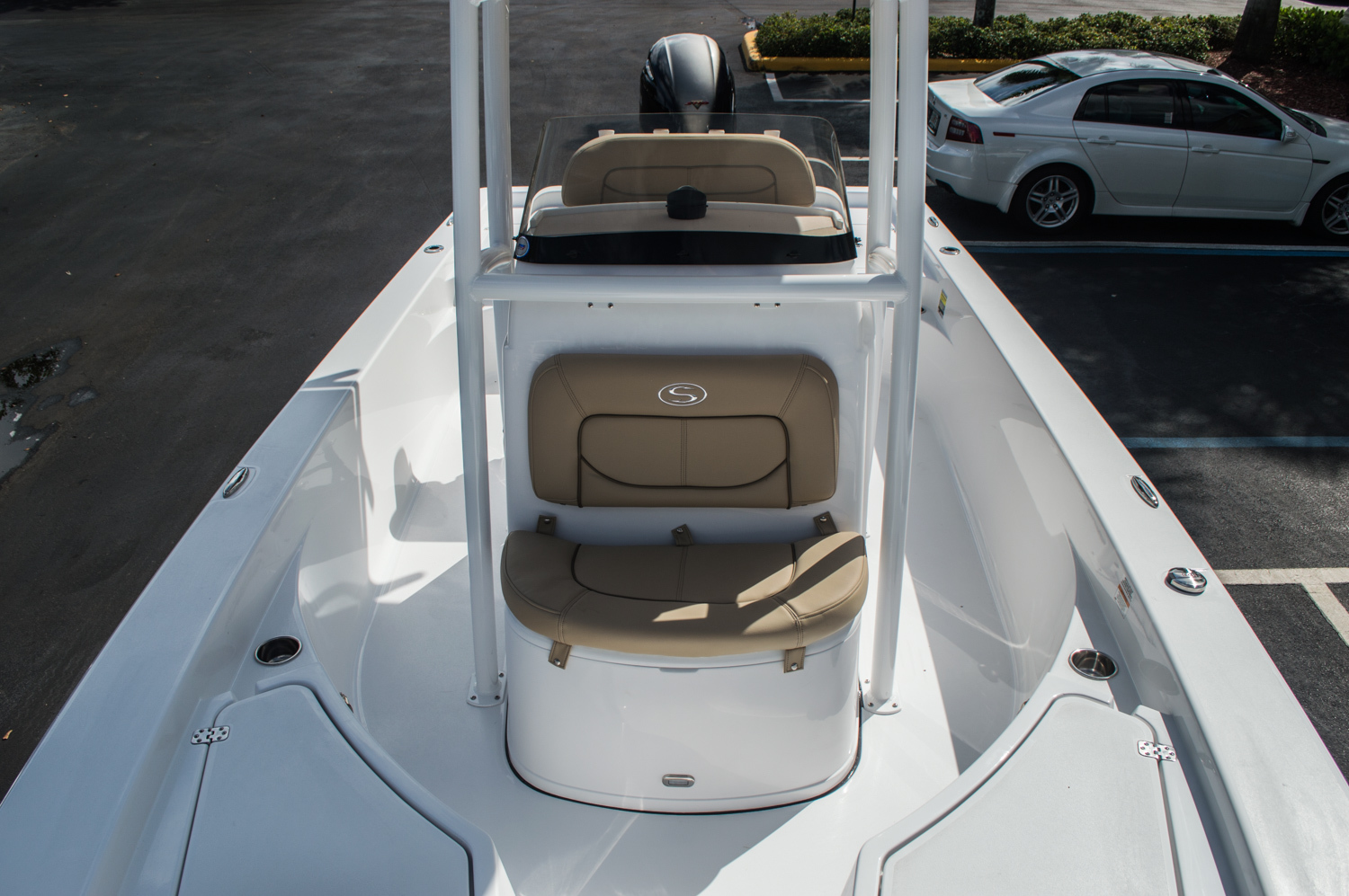 Thumbnail 20 for New 2016 Sportsman Masters 227 Bay Boat boat for sale in West Palm Beach, FL