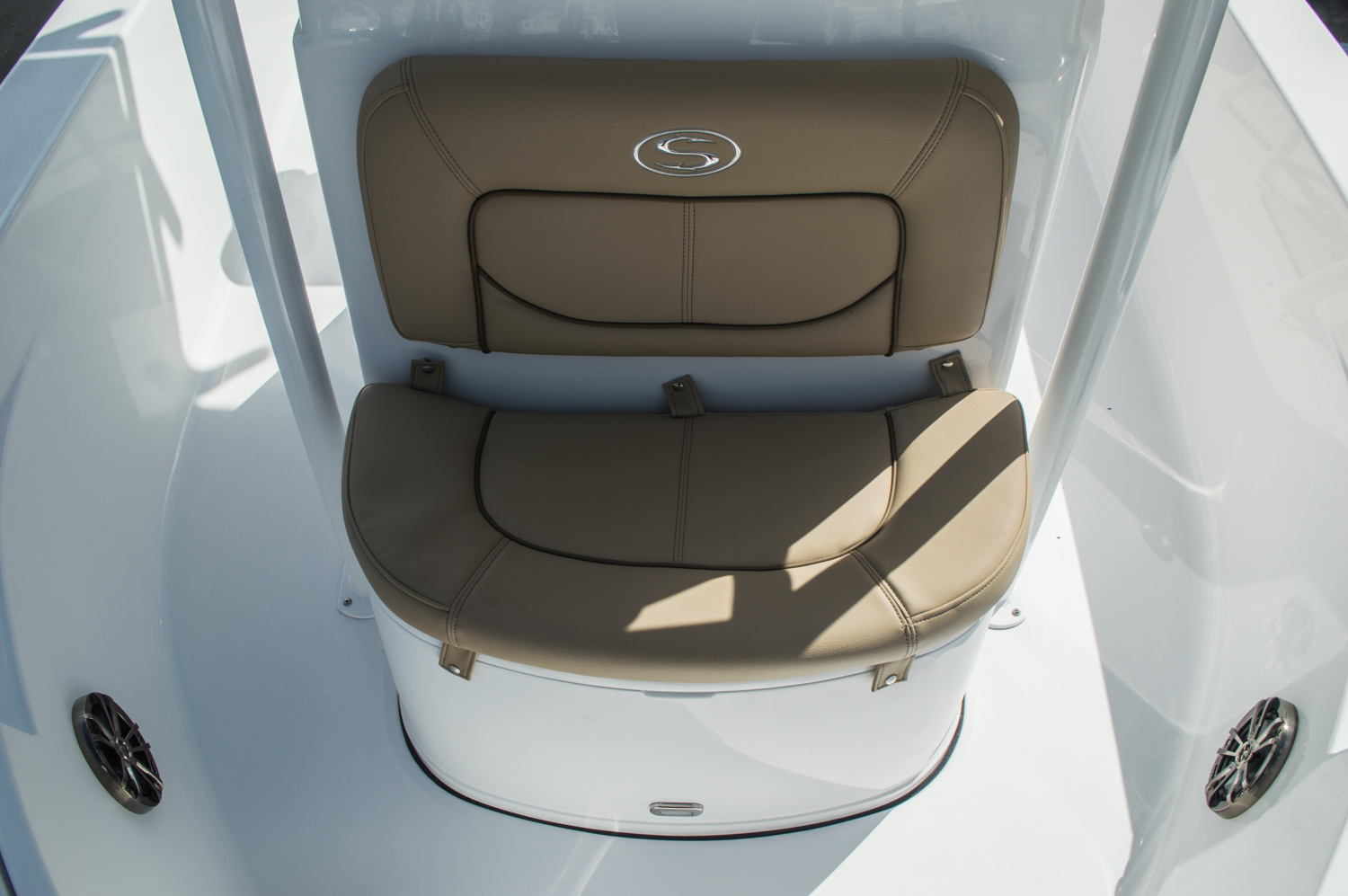 Thumbnail 23 for New 2016 Sportsman Masters 227 Bay Boat boat for sale in West Palm Beach, FL