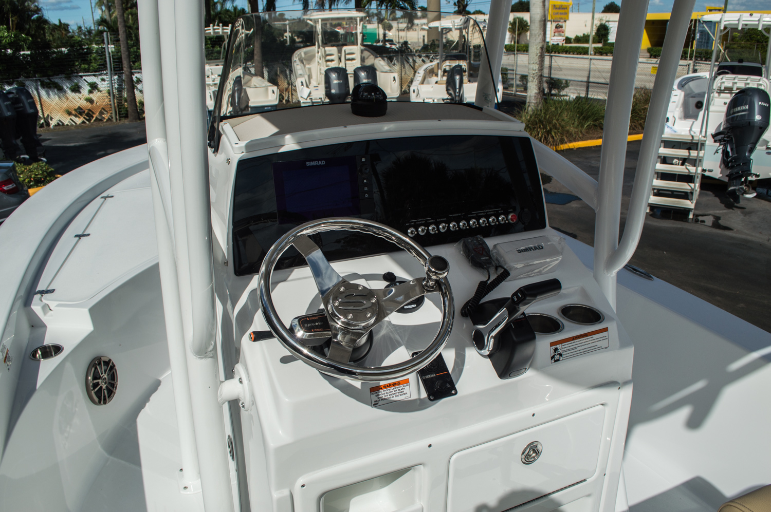 Thumbnail 27 for New 2016 Sportsman Masters 227 Bay Boat boat for sale in West Palm Beach, FL