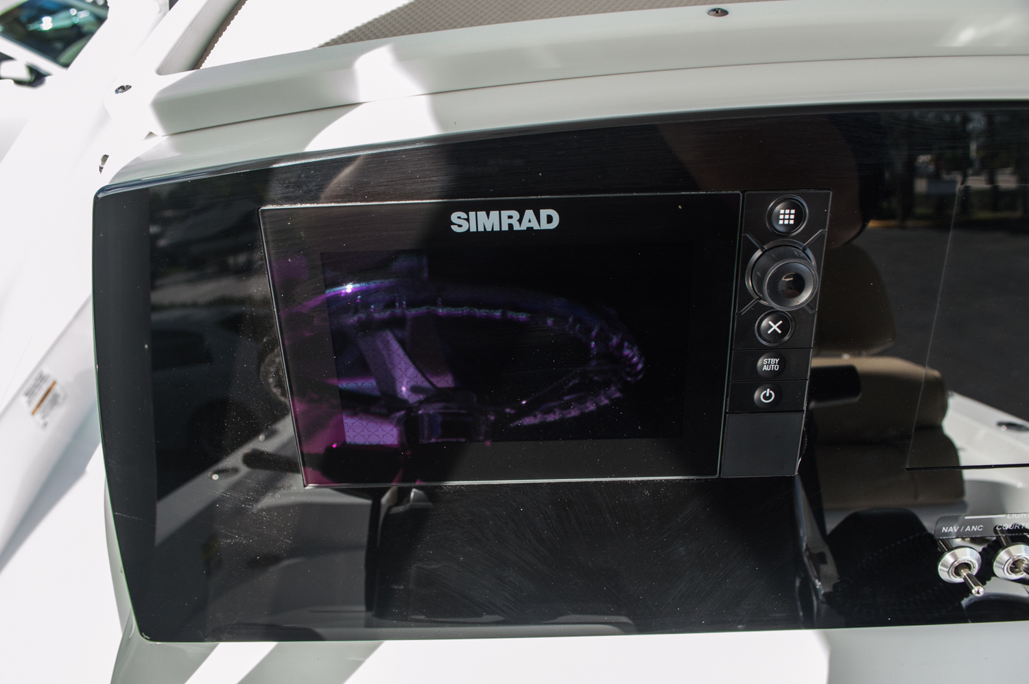 Thumbnail 29 for New 2016 Sportsman Masters 227 Bay Boat boat for sale in West Palm Beach, FL