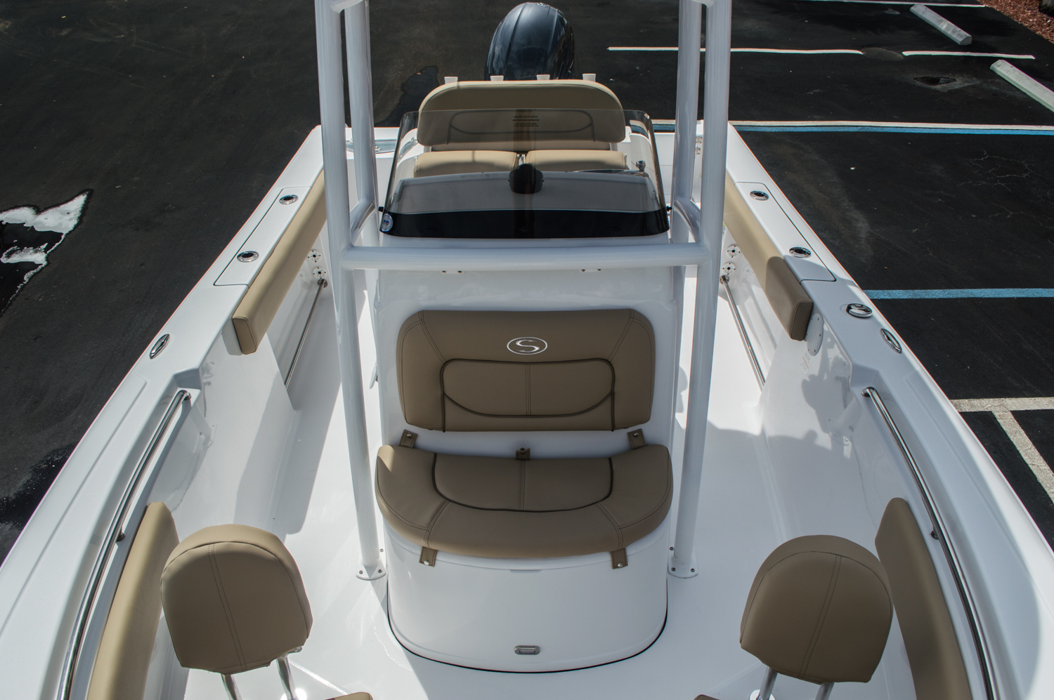 Thumbnail 19 for New 2016 Sportsman Open 212 Center Console boat for sale in Miami, FL